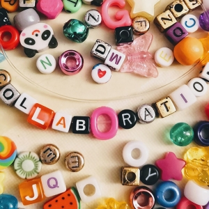 Collaboration beads